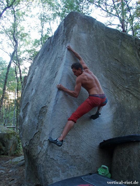 Was ist Bouldern? Andi zeigt es in Fontainebleau