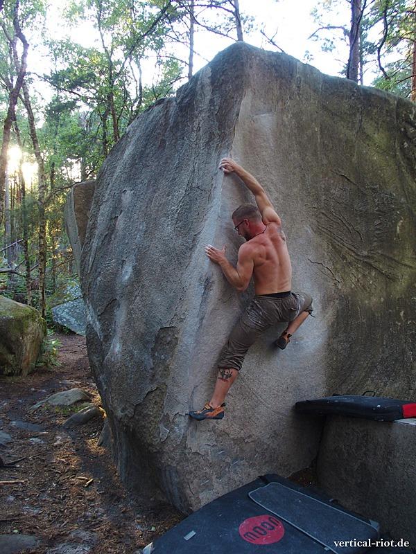 Bouldern in Fontainebleau ist einer der besten Orte zum Klettern